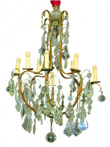 An Elegant 19th Century Italian Cut Crystal Eight-Light Chandelier No. 259