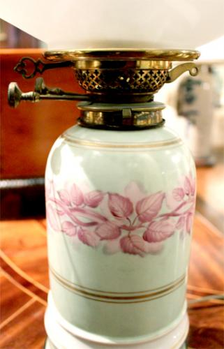 A 19th Century French Porcelain Oil Lamp No. 3042