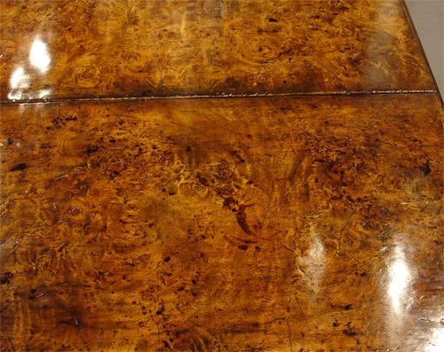 An Exceptional Early 19th Century English Burl Mahogany Drop Leaf Spider Table No. 968