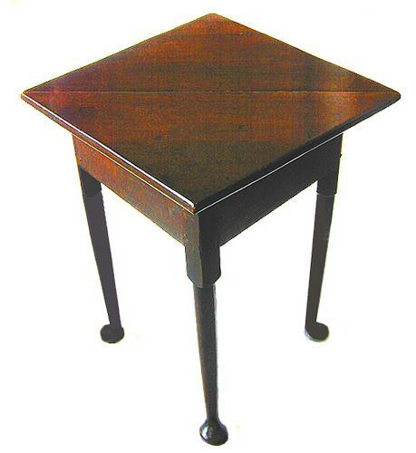 A Handsome Early 18th Century Queen Anne Heavily Patinated Oak Envelope Table No. 82