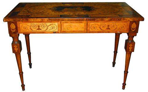 A Splendid 18th Century Italian Walnut Marquetry Table No. 2018