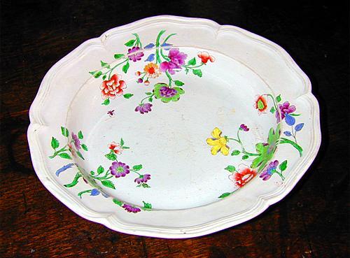A 19th Century Italian Porcelain Ginori Dish No. 576