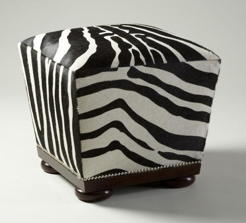 Serafino Cube Stool No. 748