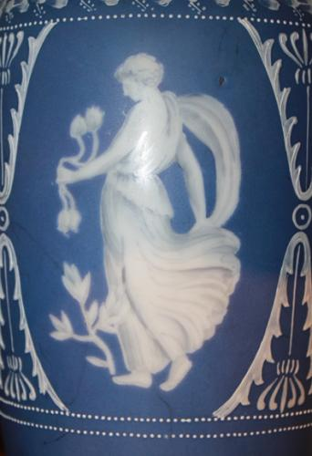 A 19th Century English Wedgwood Vase Lamp, 3379
