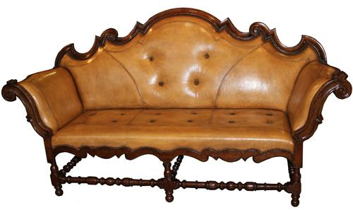 An 18th Century Piedmontese Walnut Sofa No. 4087