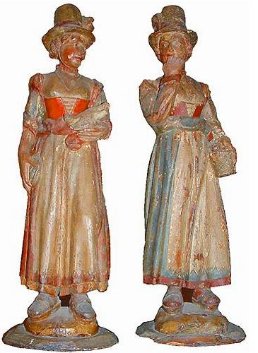 A Pair of 18th Century Polychrome and Parcel-Gilt Wood Figurines No. 2123