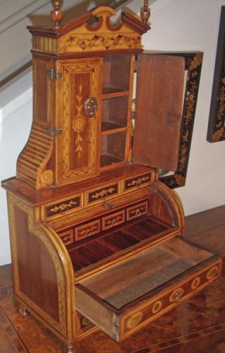 A Rare 18th Century Italian Miniature Mechanique Secretaire No. 2001
