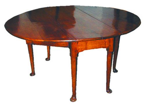 A Richly Figured 18th Century Oak 6-Legged Queen Anne Drop-Leaf Table No. 2262