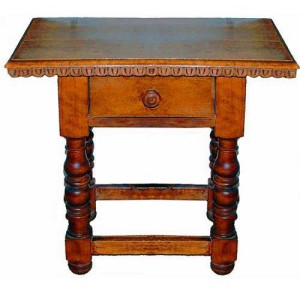 A Late 18th/Early 19th Century Spanish Walnut Side Table No. 2463