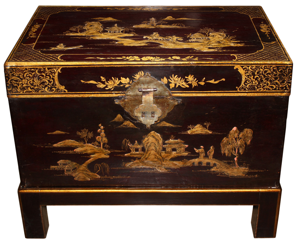 An Understated 19th Century English Chinoiserie Trunk No. 2423