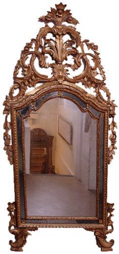An 18th Century Piedmontese Giltwood Mirror No. 3132