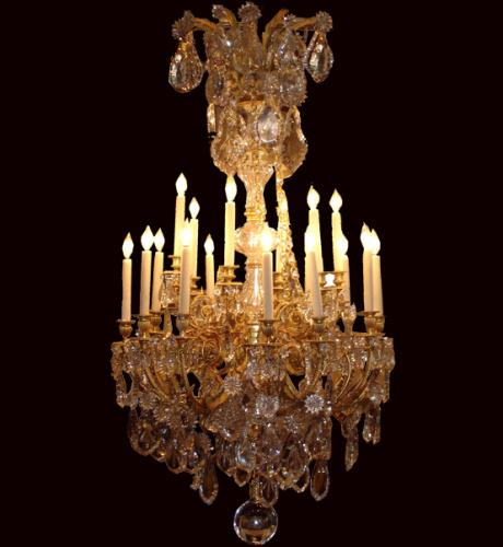 A Glittering 18-Light Three-Tiered 19th Century Italian Cut Crystal and Gilt Chandelier No. 3856