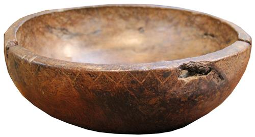 A Late 17th-Early 18th Century English Solid Oak Bowl No. 4309