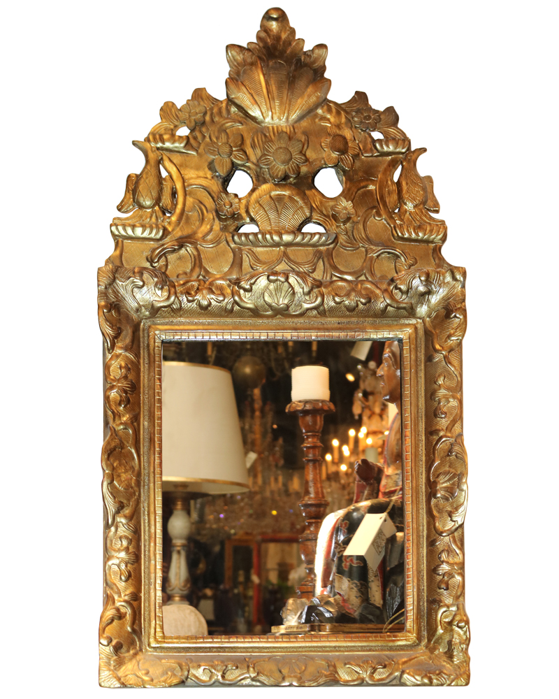 An Elegant Diminutive 18th Century Italian Giltwood Mirror No. 3673