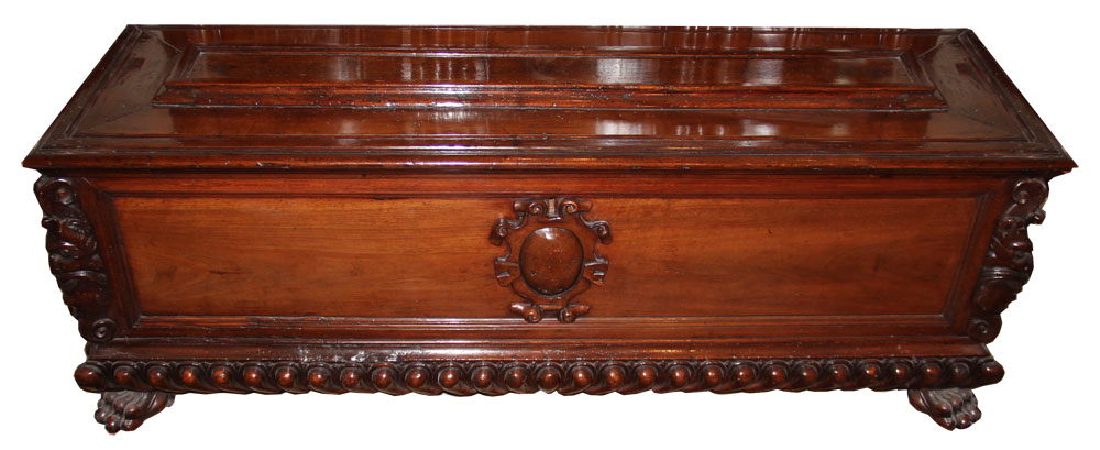 A Fine 17th Century Italian Walnut Cassone No. 992