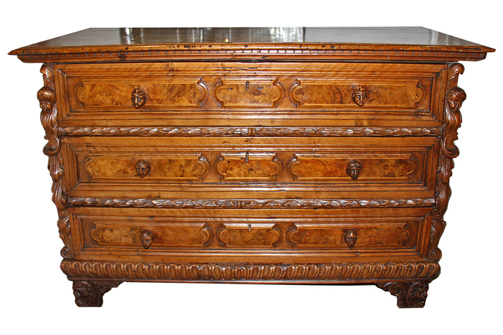 A Late 17th Century Florentine Walnut Chest of Drawers No. 4542