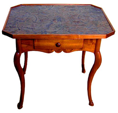 An 18th Century Régence Walnut Side Table No. 1664