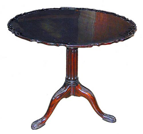 An Exquisite 18th Century Mahogany Pie Crust Table No. 292