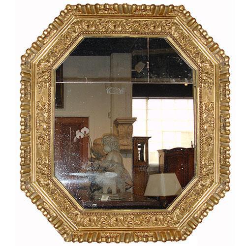 An Octagonal 18th Century Italian Giltwood Mirror No. 2999