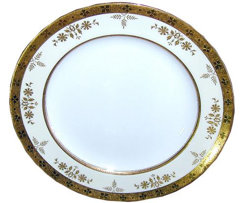 An English Set of Six Luncheon Plates No. 2623