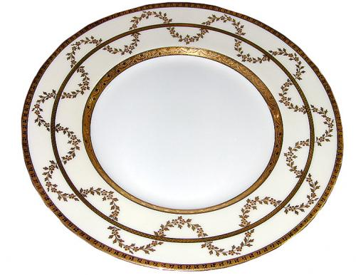 An English Set of Six Dinner Plates No. 2579