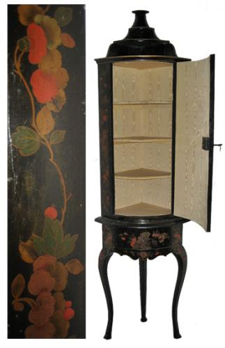 An Extremely Rare Early 18th Century Queen Anne Corner Cabinet No. 3073