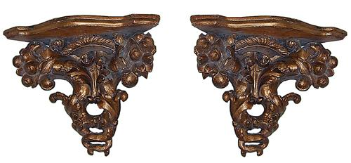 A Pair of Italian Giltwood Corner Wall Sconces No. 1204