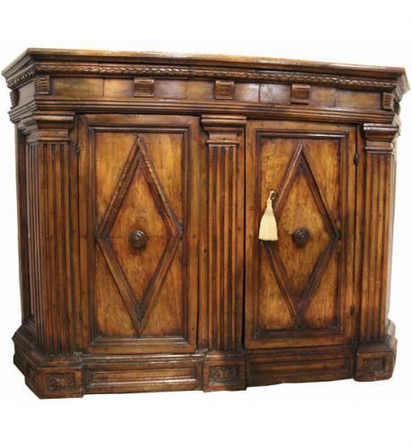 An Extraordinary 17th Century Tuscan Walnut Credenza No. 4108