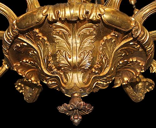 An Elegant 12-Light 18th Century Austrian Giltwood Chandelier No. 4122