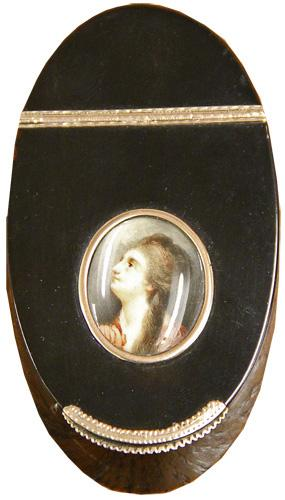An 1810 French Tortoiseshell Table Snuff Box with 18k Rose Gold Hinge and Mounts No. 4232