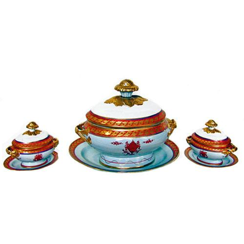 A Fine Set of Matching Soup and Sauce Tureens No. 2104