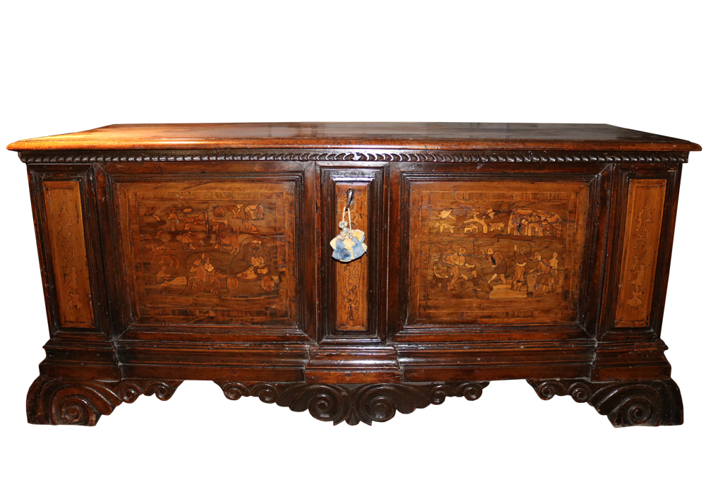 A Fine 17th Century Italian Walnut Cassone No. 1161