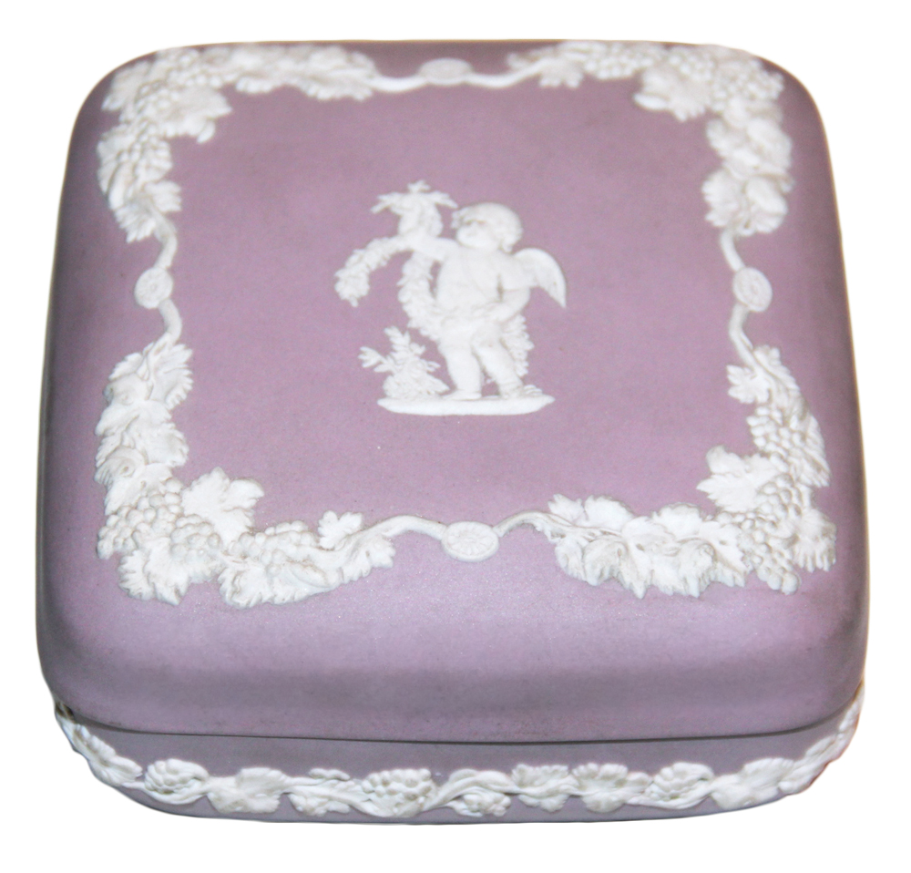A 19th Century English Wedgwood Lavender and White Box No. 373