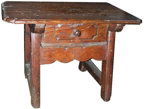 A Rustic 17th Century Spanish Ash wood Side Table No. 616