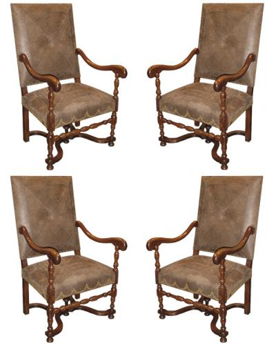 A Set of Four 18th Century French Baroque Walnut Fauteuils Armchairs No. 3402