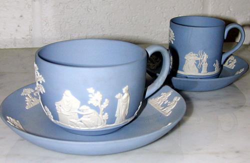 An English Pair of Miniature Wedgwood Blue & White Porcelain Cup & Saucer Sets No. 1196