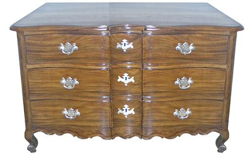 An 18th Century Portuguese Rosewood Arbalette Commode No. 3679