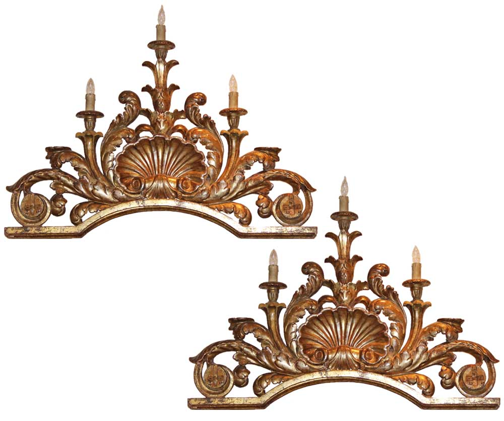 A Pair of Fine 18th Century Italian Mecca Gilt Carved Overdoors No. 3297