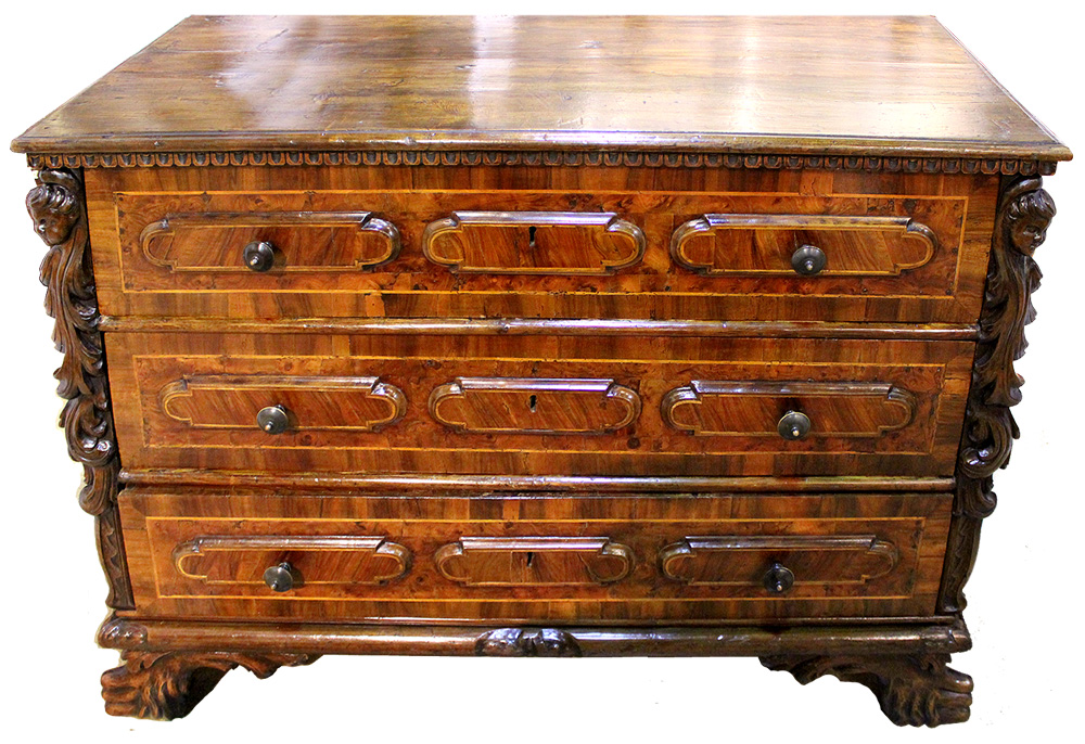An Early 18th Century Florentine Baroque Walnut Commode No. 3998