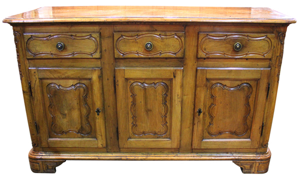 An 18th Century Northern Italian Walnut Credenza No. 4021