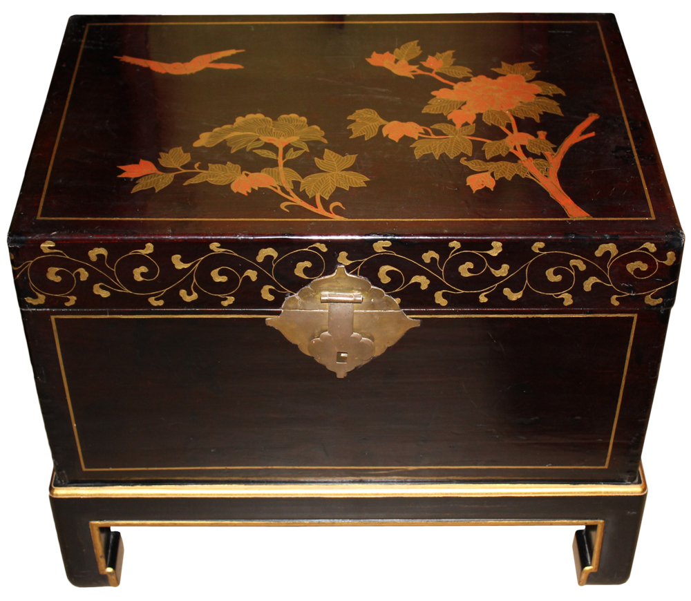 A 19th Century Chinese Pigskin-Wrapped Chinoiserie Coffer No. 477