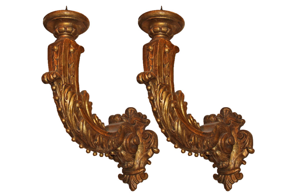 A Dramatic Pair of 18th Century Italian Giltwood Sconces No. 2250