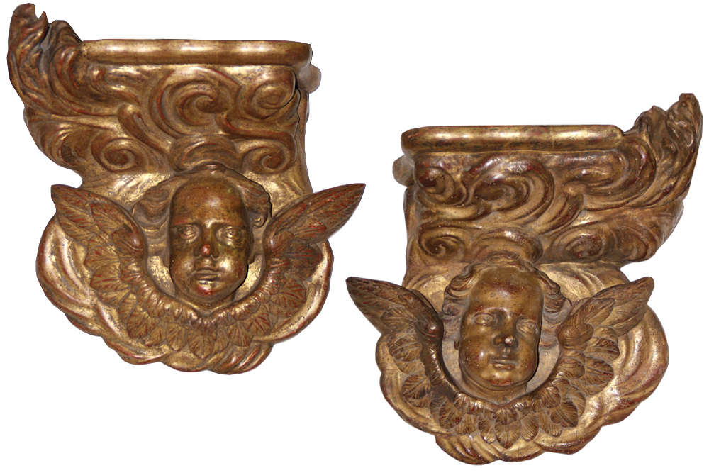 A Pair of 18th Century Italian Mecca-Gilt Wall Sconces No. 4577