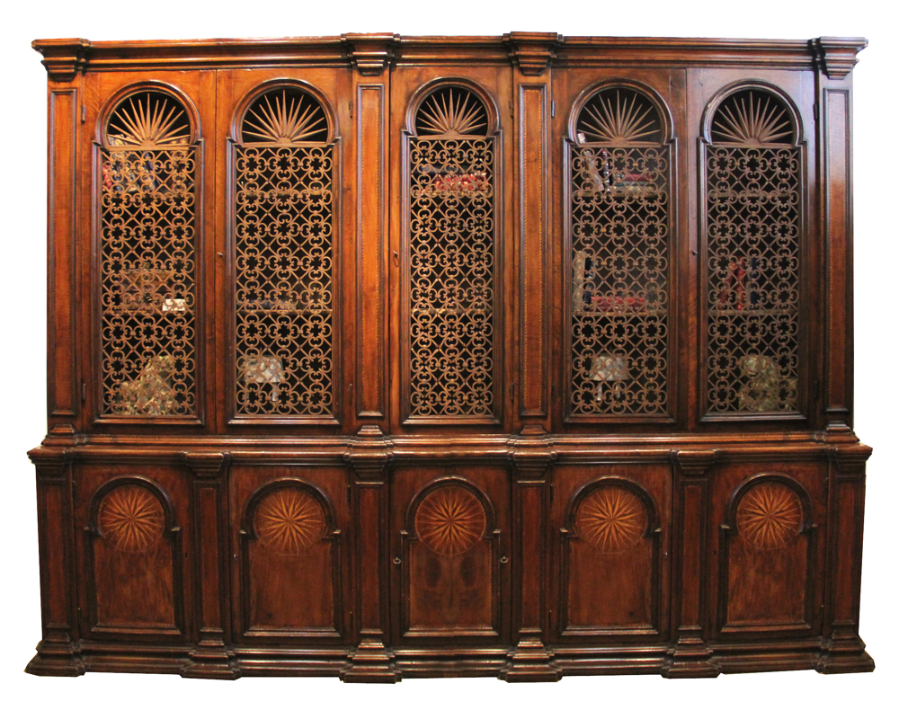 A Rare 18th Century Tuscan Walnut Archival No. 2706