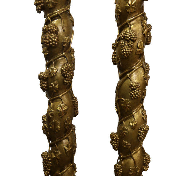 A Pair of Italian 18th Century Gold Gilded Pillars No. 4808
